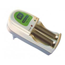 Cargador Baterias NiMH/NiCd AA AAA Incluye 2 Baterias AA 2100ma