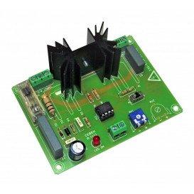 Regulador luz efecto dia-noche 700W maximo 230VAC R-11 CEBEK