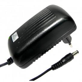 Alimentador Fijo 12VDC 2A Conector 5,5x2,1mm DCU